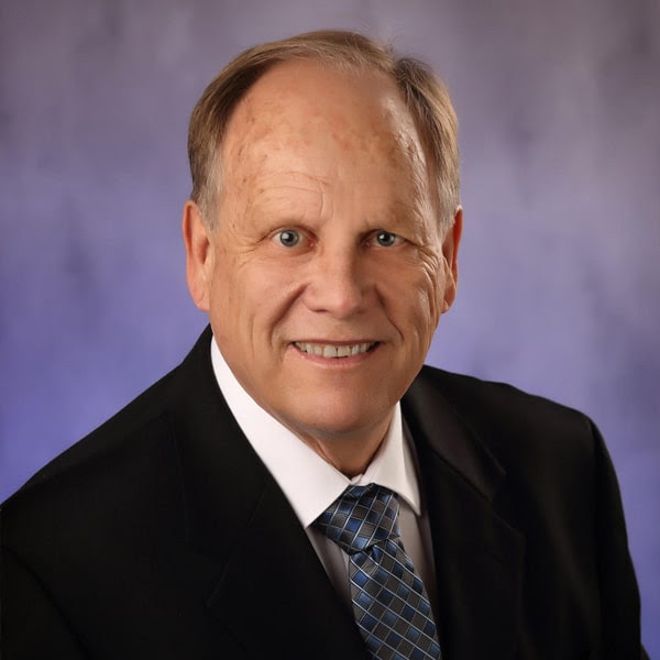 Meet Dr. Peterson - Oswego Dentist Cosmetic and Family Dentistry